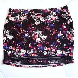 Torrid Black Pink Floral Short Pencil Skirt Knit